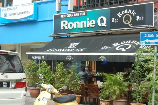 Ronnie Q - Restaurant & Bar
