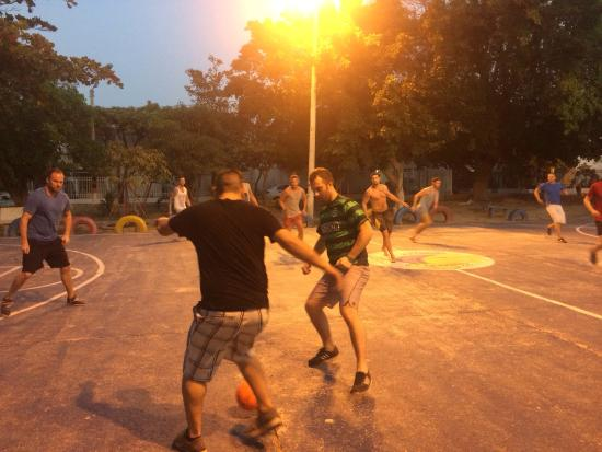 Bogota Dream Hostel : Group played soccer with the locals