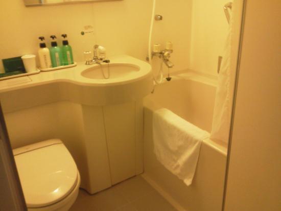 Hotel Route Inn Tokyo Asagaya: 清潔感のあるバス・トイレでした。