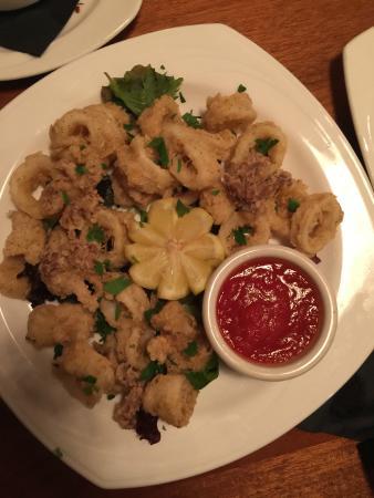 Tino's Italian Bistro : Fried Calamari
