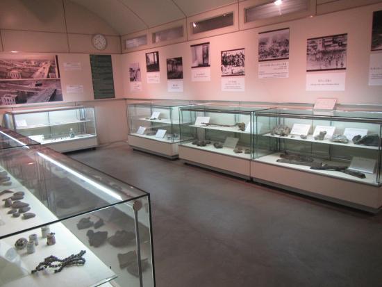 Honkawa Peace Museum: exhibits