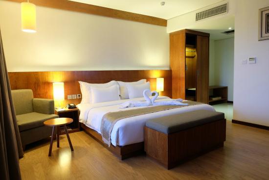 oak tree emerald semarang hotel 23 2 8 updated 2019 prices rh tripadvisor com