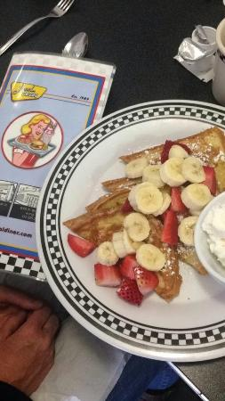 Local Diner: Strawberry banana French toast