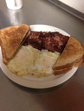 Owosso, MI: Corn Beef Hash with Eggs and Toast