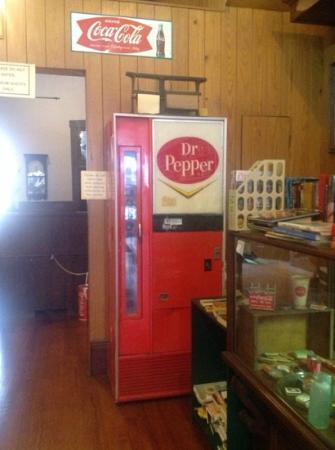 Biedenharn Coca-Cola Museum: Soda Fountain Area