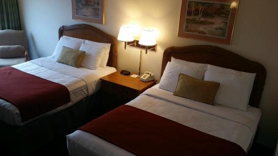 Days Inn Kennewick: double queen rooms