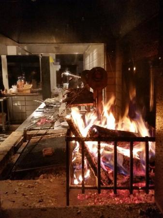 Offene Küche & Grill - Picture of Noa Restaurant, Bern - TripAdvisor