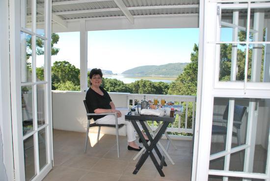 South Villa Guest House: wat een uitzicht bij het ontbijt!