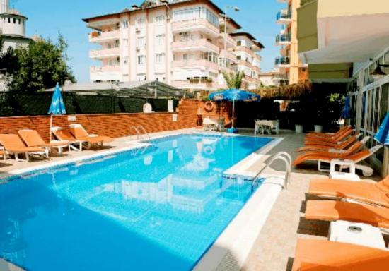 Ada Apart Hotel: Pool