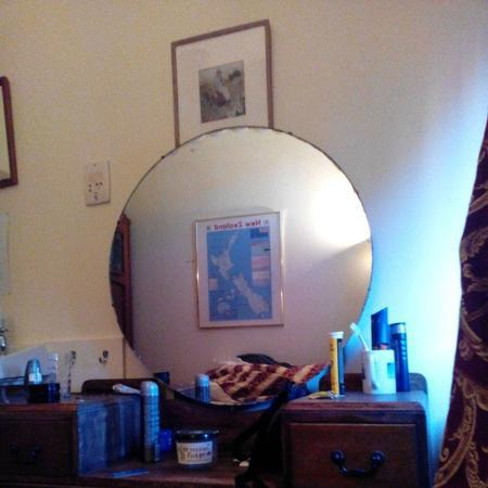 YHA Paraparaumu Barnacles Seaside Inn: Single Room