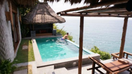 Pool villa 7 picture of view point resort koh tao for Koi pool villa koh tao