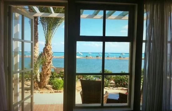 Movenpick Resort & Spa El Gouna: Room no.5110... the best best best morning view in the whole world..heavenly ..taken by my cam