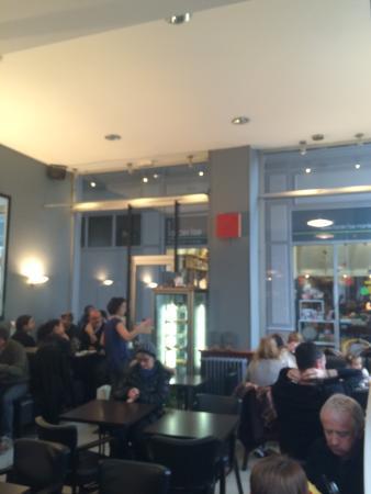restaurant caf du passage dans nantes avec cuisine fran aise. Black Bedroom Furniture Sets. Home Design Ideas