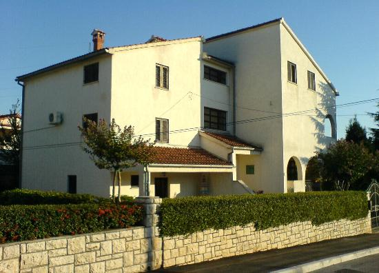 Apartments Irena