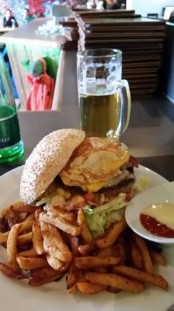Krazy Kanguruh : The famous Mario Matt Burger!!