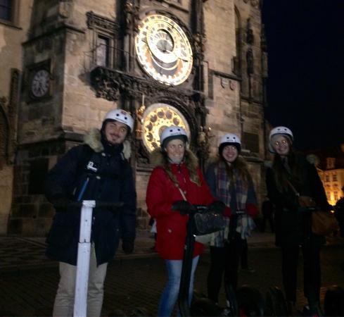 Prague, République tchèque : In Old Town Square :)