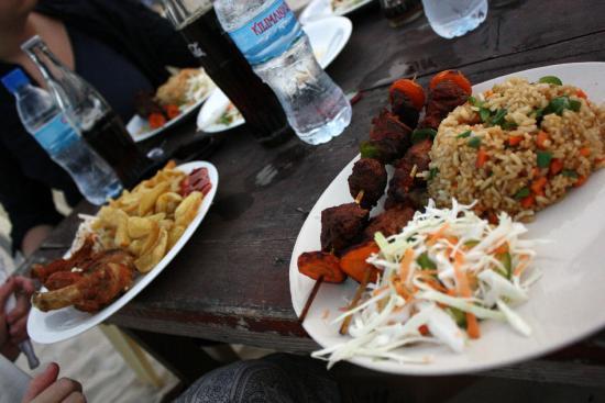 Mbalamwezi Beach Club: The food