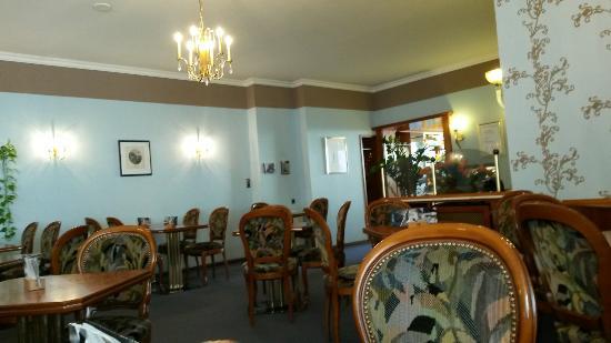 Cafe Schrader