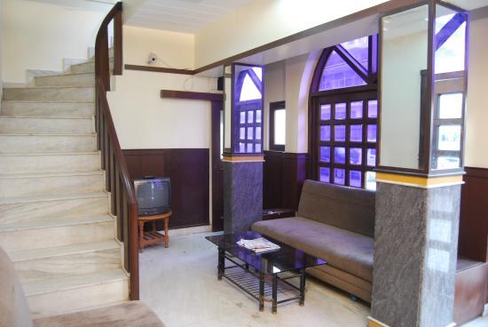 Raghav Palace Hotel: Lobby