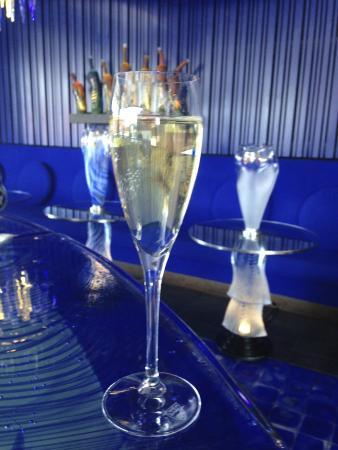 Kosta Boda Art Hotel: The Glass Bar