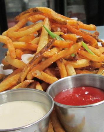 Redfire Grill & Steakhouse: REDfire fries
