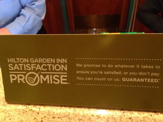 Hilton Garden Inn Cleveland Airport: Promise failed