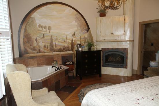 The Mission Inn: Room shot