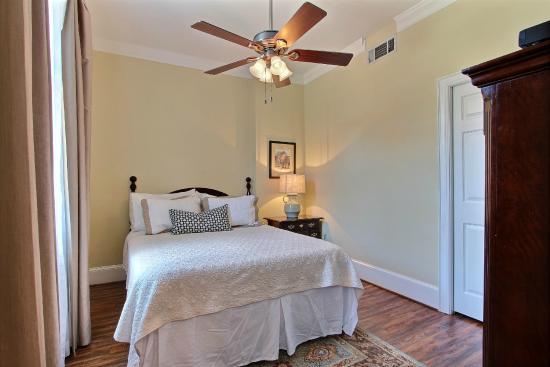 Oglethorpe Lodge : 2nd Bedroom