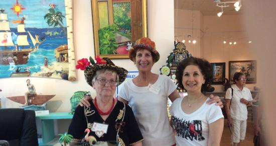Marietta Museum-Art & Whimsy: 2 lovely ladies working there with me