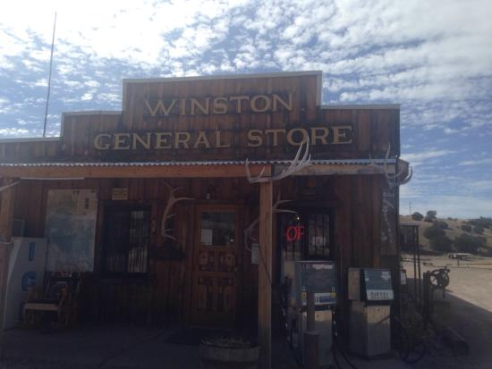 Winston, Нью-Мексико: Such a great little store