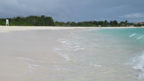 Simpson Bay, St-Martin/St Maarten: Rendezvous Bay on Anguilla