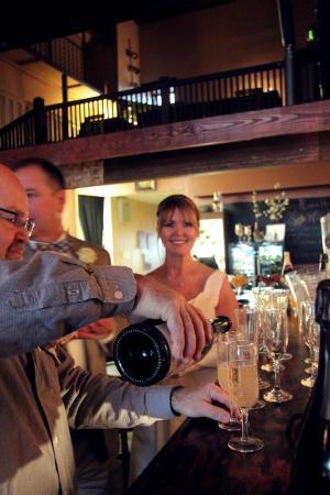 Rumour Has It - A Wine Bar: Champagne bar