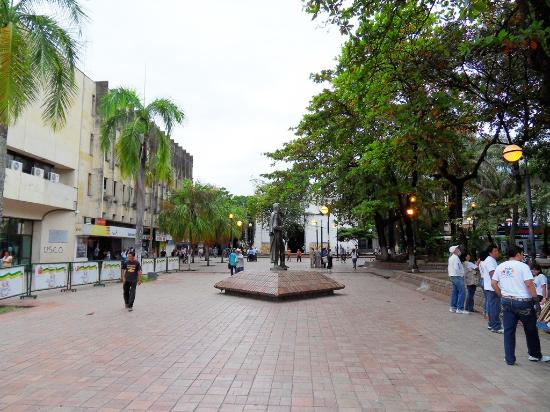 Neiva, Colombia: getlstd_property_photo