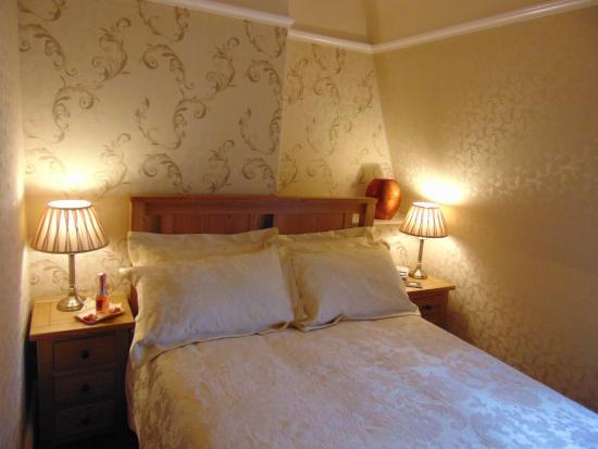 Sandon Guest House: Double room