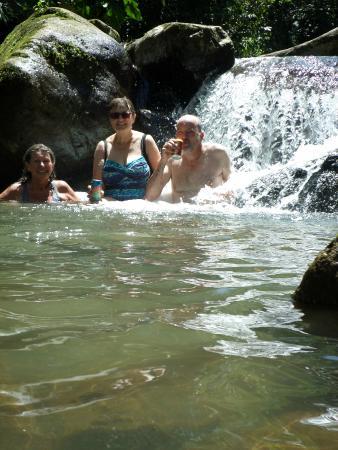 Rambala Jungle Lodge: Waterfall pool