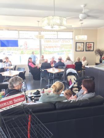 Sorell Cafe: Happy customers