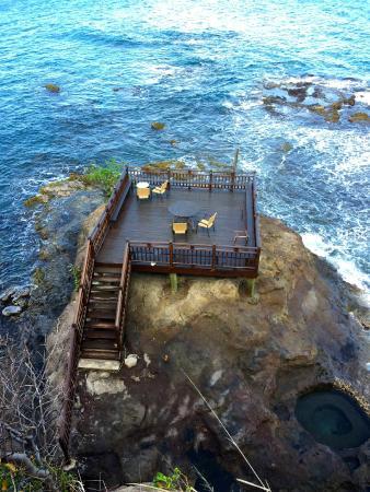 Cap Estate, Sta. Lucía: Have a Romantic Dinner at Roc Maison