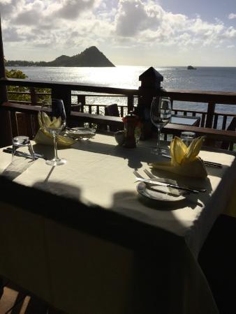 Cap Estate, Sta. Lucía: Amazing View Dining Cliffs at Cap Maison