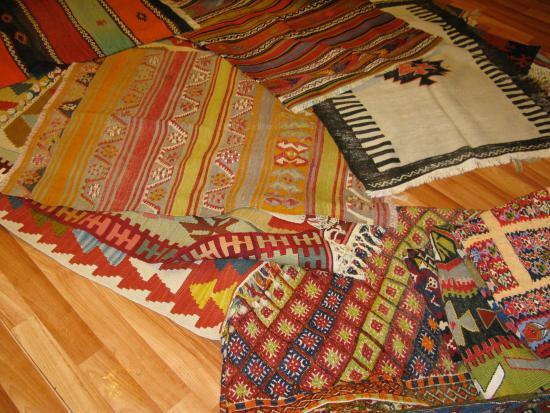 Kervan Carpet & Kilim: beautiful capadocian carpets