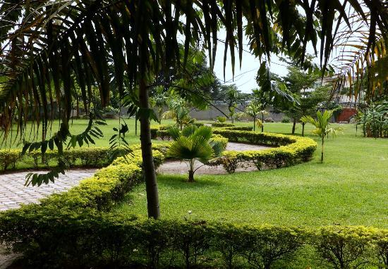 Hotel invest kinshasa r publique d mocratique du congo for Jardin zoologique kinshasa