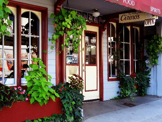 Grass Valley, CA: Welcome to Cirino's at Main Street