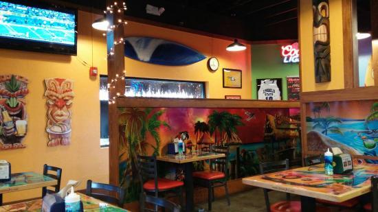 3Parrots taco shop