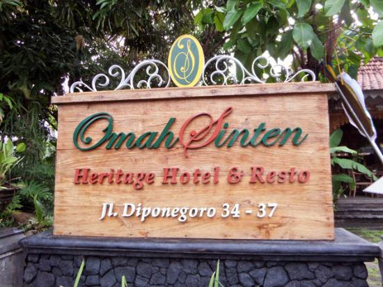 Omah Sinten: The sign of the hotel