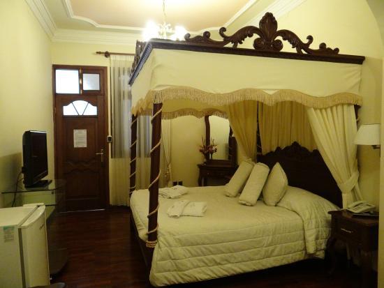 San Marino Royal Hotel: Quarto