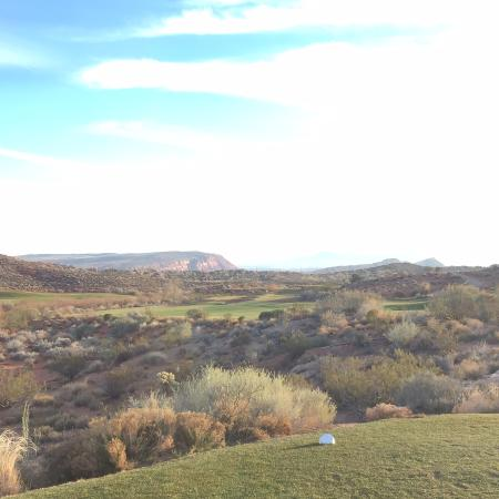 Coral Canyon Golf Club: Coral Canyon Golf Course January 17, 2015 still green and great shape even during dormant season