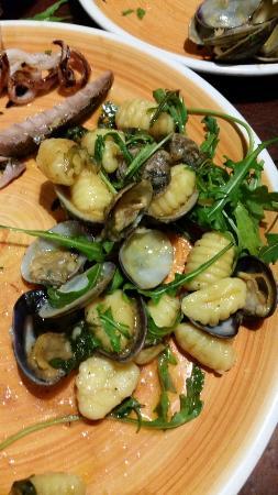 Taberna Sveva: Gnocchi with clams....delicious!