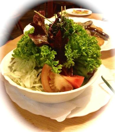 Roter Hahn Rothenburg: Interesting Salad