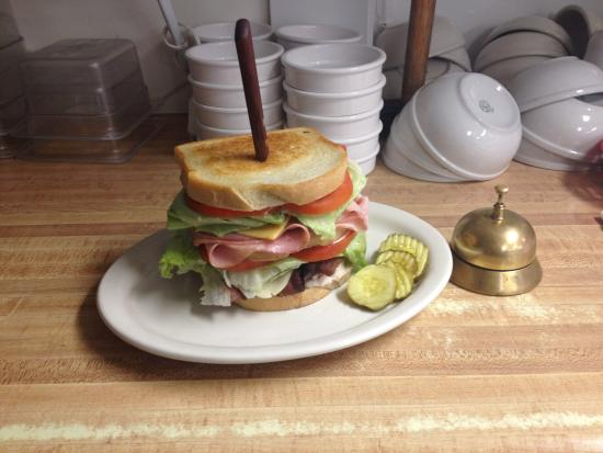 Montana Cafe: New to the menu in 2015 the Club Pounder...   Its Hug!!