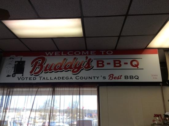 Buddy's Bbq: Buddy's is AWESOME