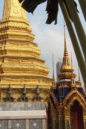Temple de toute beauté - Picture of Temple of the Emerald Buddha (Wat Phra Ka...